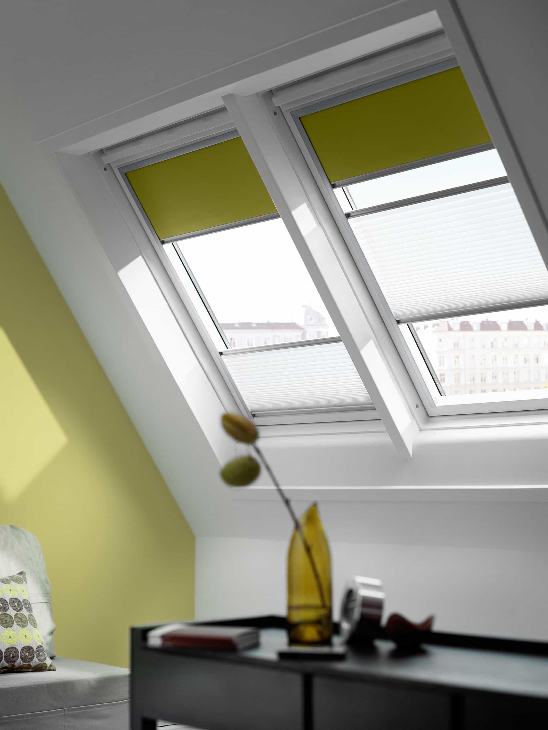 Velux dakramen dakkapel en velux raamdecoratie sama for Offerte tende velux