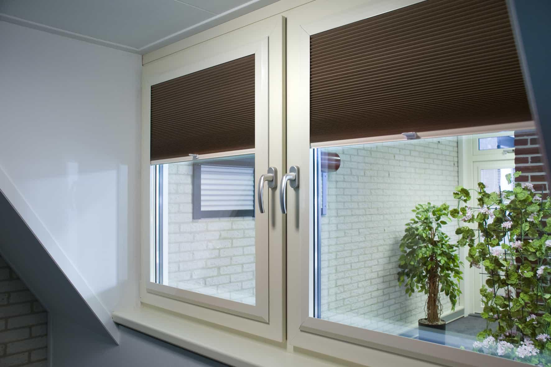Splendid Pliss en Latende raamdecoratie   SAMA